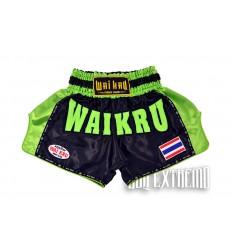 Shorts Muay Thai Wai Kru Retro Negro - Verde
